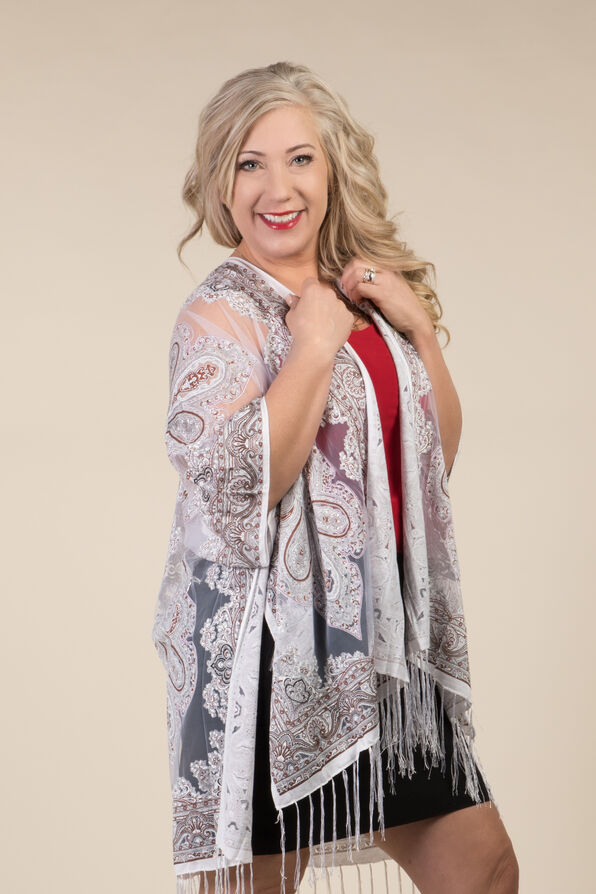Perfect in Paisley Kimono, White, original image number 0