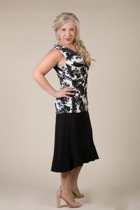 Taylor Sleeveless Blouse, Black, original image number 1